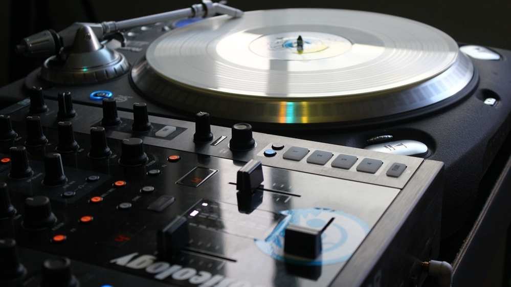 DJ Turntables For Beginners